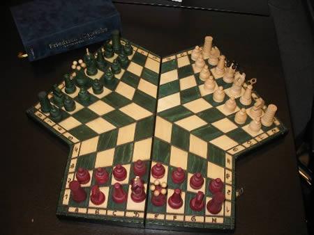 a96727_a475_3-way_chess