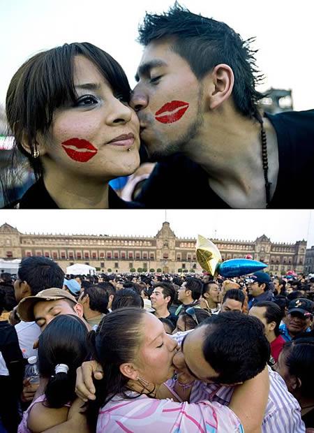 a96776_a490_kissing