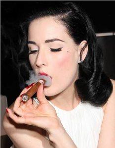 a96783_a494_woman-cigar